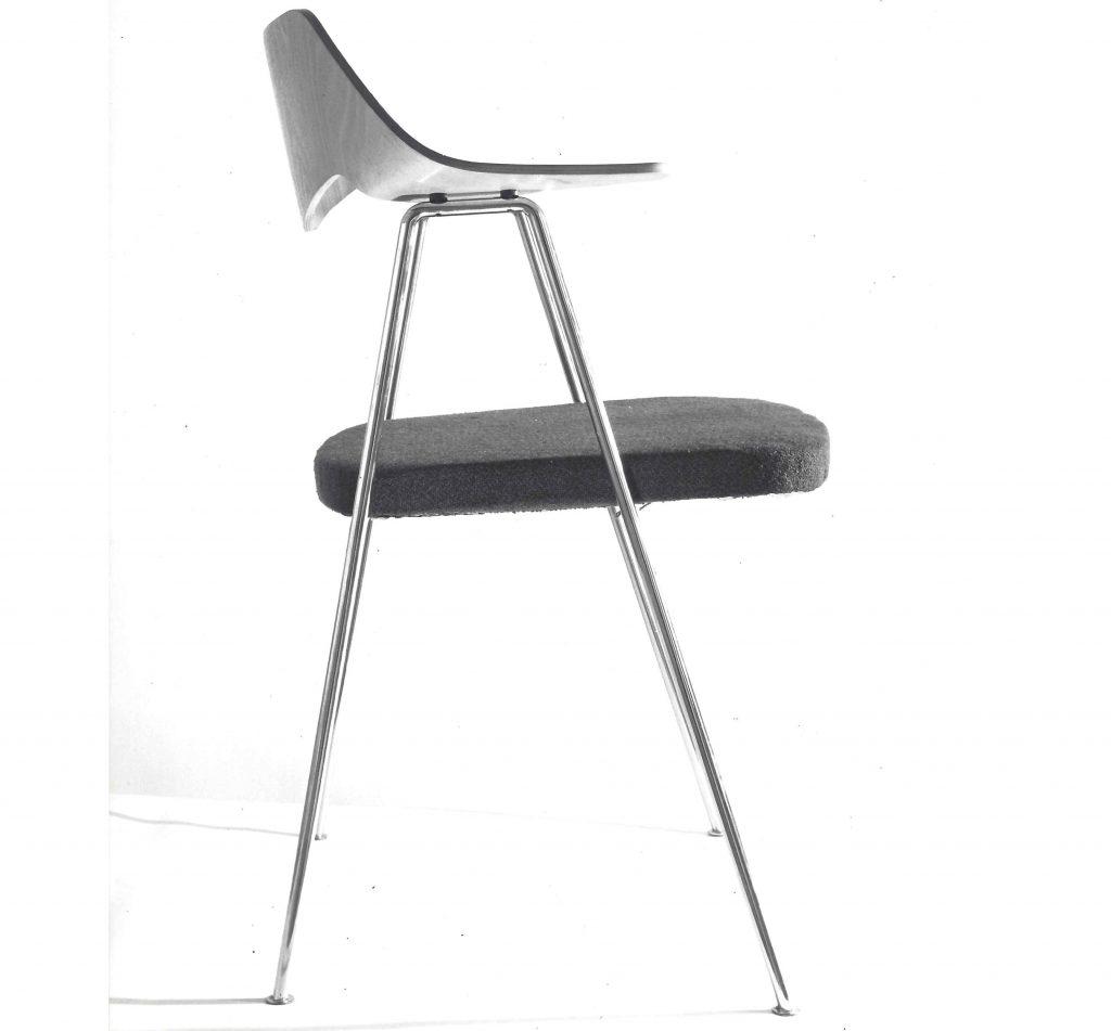 675 Sandalyesi